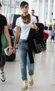 Rihanna Leaving Perth Airport (USA ONLY)